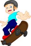 Desenhos animados do menino que jogam o skate Imagens de Stock