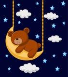Desenhos animados do urso do bebê que dormem na lua Fotografia de Stock Royalty Free