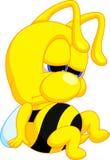 Desenhos animados engraçados da abelha ilustração do vetor