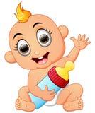 Desenhos animados felizes do bebê que guardam a garrafa de leite Imagens de Stock Royalty Free
