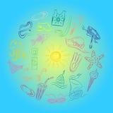 Desenhos da mão de símbolos das vagas do verão Barcos coloridos da garatuja, gelado, palmas, chapéu, guarda-chuva, medusa, cockta Imagem de Stock
