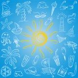 Desenhos da mão de símbolos do verão Desenhos das crianças dos barcos, gelado, palmas, chapéu, guarda-chuva, medusa, cocktail, Su Foto de Stock Royalty Free