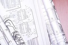 Desenhos de detalhe rolados em uma câmara de ar imagens de stock