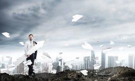 Desenvolvimento do homem de negócios bem sucedido imagem de stock