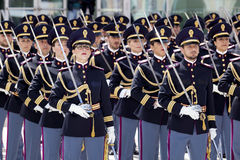 Desenvolvimento dos agentes da polícia no uniforme completo Fotografia de Stock