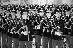 Desenvolvimento dos agentes da polícia no uniforme completo Fotografia de Stock Royalty Free
