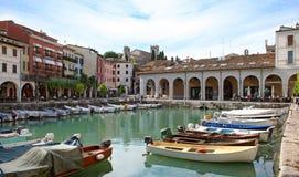 Desenzano hamn, sjö Garda royaltyfri bild