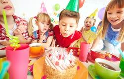 Deseo del cumpleaños imagen de archivo libre de regalías