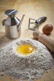 deserów mąki fontanny makaron Obrazy Stock