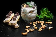 Deser z orzechami włoskimi Zdjęcia Stock