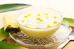deserowy ananasowy jogurt Fotografia Royalty Free
