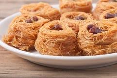 Deserowy baklawa z pistacjowymi dokrętkami Obrazy Royalty Free