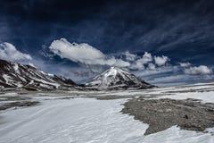 Desert and mountain on Altiplano,Bolivia Royalty Free Stock Photos
