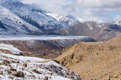 Desert plateau snow mountain Royalty Free Stock Photography