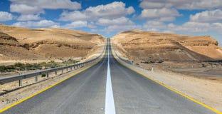 Free Desert Road Royalty Free Stock Photo - 66446005