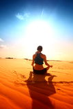 Desert yoga Royalty Free Stock Images