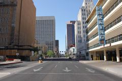 Deserted downtown city street Royalty Free Stock Images