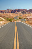 Deserted highway in desert Royalty Free Stock Images