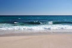 deserterad strand Royaltyfria Bilder