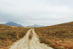 Deserto abbandonato e pace dello spirito completa Pietre immobili e silenzio immagine stock libera da diritti