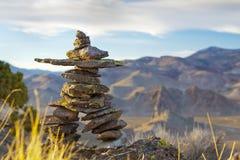 Deserto alto Inukshuk Foto de Stock Royalty Free