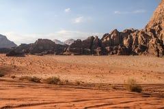 Deserto de Wadi Rum, inverno de Jordânia imagens de stock royalty free
