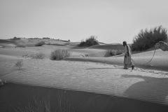 Deserto di giro del cammello del Ragiastan, India Fotografia Stock