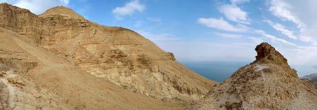 Deserto di Judea e vista del mar Morto. immagine stock libera da diritti