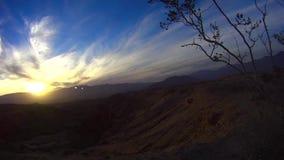 Deserto do deserto de Anza Borrego Offroad - por do sol 4 do ponto das fontes vídeos de arquivo