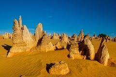 Deserto dos pináculos no parque nacional de Nambung, Austrália Ocidental, Au Imagens de Stock