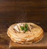 Deserto - pilha de panqueca com banana Imagem de Stock Royalty Free