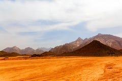 Deserto quente sem-vida Fotografia de Stock
