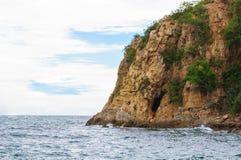 Desfiladeiros e mar da montanha Fotografia de Stock Royalty Free