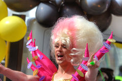 Desfile alegre del orgullo en Manchester, Reino Unido 2011 Foto de archivo libre de regalías