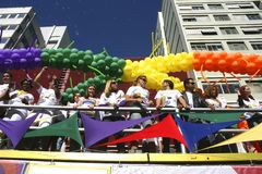 Desfile alegre en Sao Paulo Imagenes de archivo