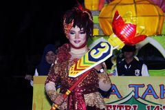 Desfile conmemorativo Eid 1 ciudad 1435 H Nganjuk, Java Oriental de Syawal, Ind Imagen de archivo