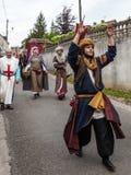 Desfile de caracteres medievales Imágenes de archivo libres de regalías