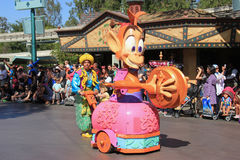 Desfile de Disney en Disneyland Imagen de archivo