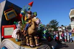 Desfile de Disneylandya París Imágenes de archivo libres de regalías