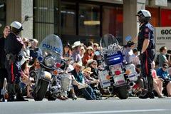 Desfile de la precipitación de Calgary - la demostración al aire libre más grande en la tierra, Calgary, Alberta, Canadá Imagenes de archivo