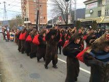 Desfile de las máscaras de los osos Imagen de archivo libre de regalías