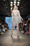 Desfile de moda da herança de Halston Foto de Stock Royalty Free