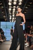 Desfile de moda da herança de Halston Fotos de Stock