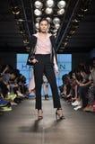 Desfile de moda da herança de Halston Imagem de Stock Royalty Free