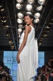 Desfile de moda da herança de Halston Fotografia de Stock Royalty Free