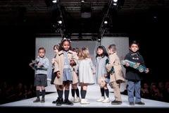 Desfile de moda das crianças Fotografia de Stock