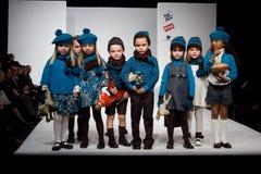 Desfile de moda de FIMI Fotos de archivo