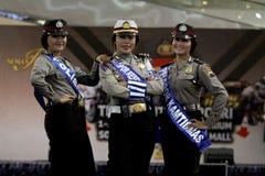 Desfile de moda de la policía imagenes de archivo