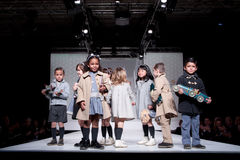 Desfile de moda de los niños Fotografía de archivo