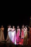 Desfile de moda de n Nina de Nickie 'en Ginebra Foto de archivo